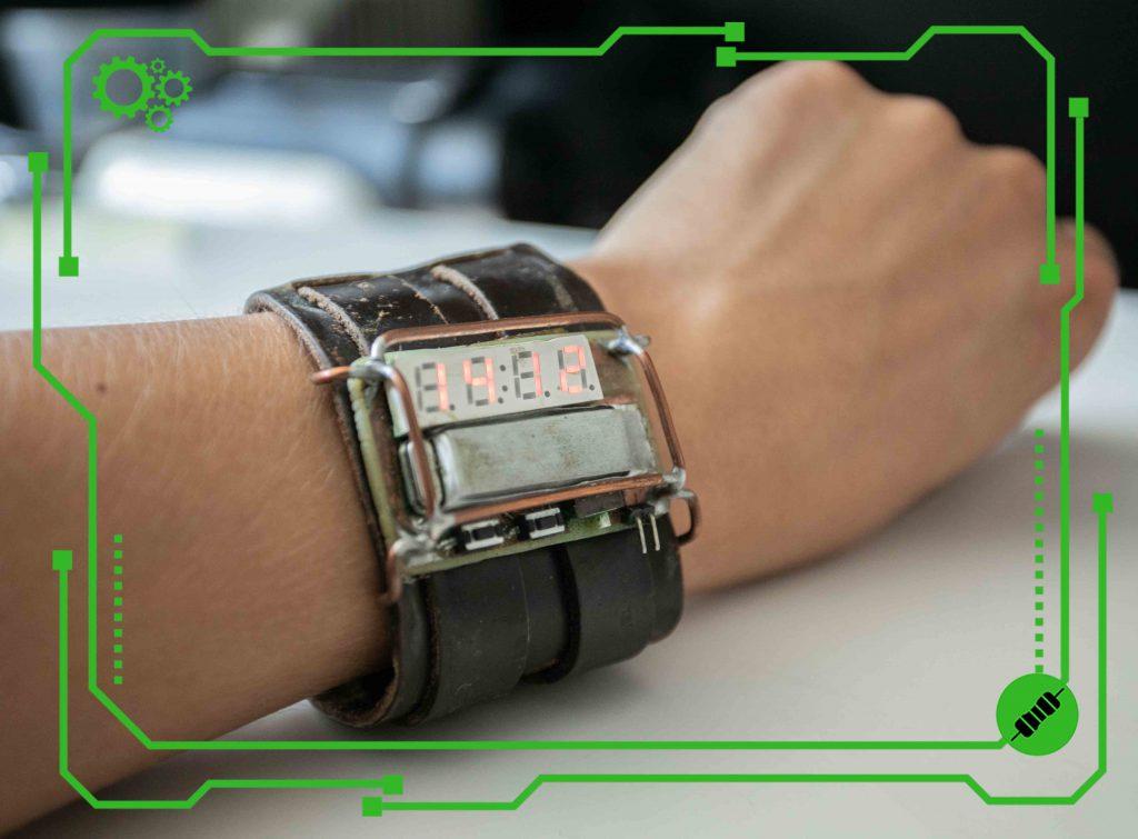 Wyświetlacz 7-segmentowy w klimatach steampunku – budujemy zegarek