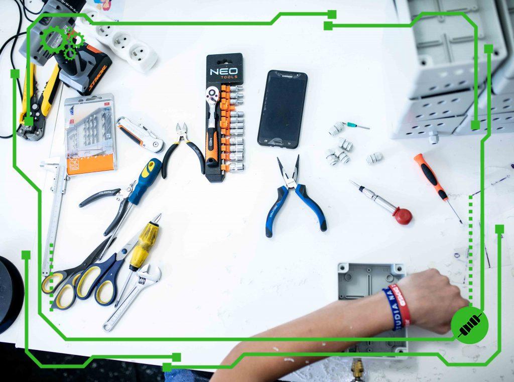 Warsztat elektronika i serwisanta